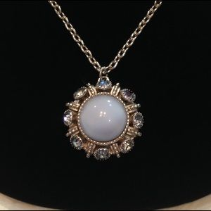 🌼🎉HP🎉 Vintage Necklace With Moonstone Pendant